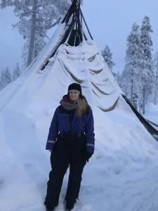 Malorie_Mackey_Tee_Pee_Kakslauttanen_arctic_Resort